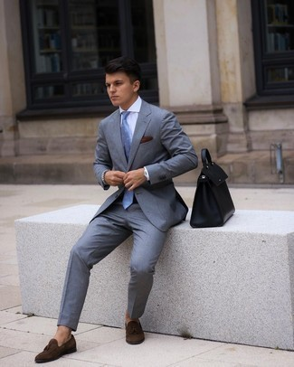 Dark Brown Pocket Square Outfits: Pairing a grey suit with a dark brown pocket square is an on-point option for a casually cool outfit. To bring a bit of flair to this look, introduce a pair of dark brown suede tassel loafers to the mix.