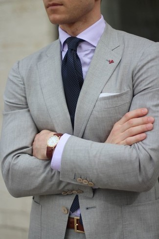 How to Wear a Light Violet Dress Shirt For Men: Wear a light violet dress shirt with a grey suit - this look will certainly make women go weak in the knees.