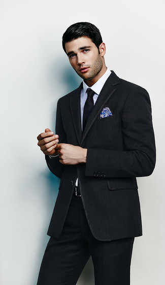 Men's Looks & Outfits: What To Wear In 2020: You're looking at the definitive proof that a black suit and a white dress shirt are amazing when worn together in a sophisticated look for today's gent.
