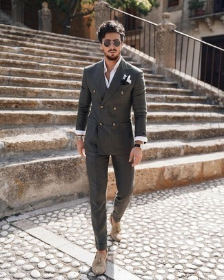 Long Sleeve Shirt with Tassel Loafers Outfits: You're looking at the definitive proof that a long sleeve shirt and a charcoal suit are awesome when paired together in a refined ensemble for today's guy. The whole outfit comes together if you complete this getup with a pair of tassel loafers.