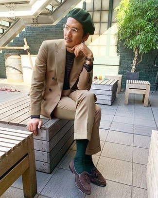 Tan Suit Outfits: Opt for a tan suit and a dark brown long sleeve t-shirt to don a dressy, but not too dressy outfit. Serve a little outfit-mixing magic by finishing off with dark brown suede tassel loafers.