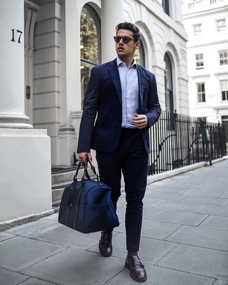 Dress Shoes Outfits For Men: For an effortlessly stylish ensemble, dress in a navy suit and a white and blue vertical striped short sleeve shirt — these two items work perfectly well together. Throw in dress shoes to easily dial up the classy factor of this look.