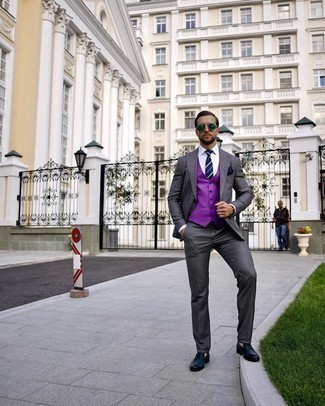 Purple Waistcoat Outfits: We love how this combo of a purple waistcoat and a charcoal suit instantly makes a man look sharp and refined. Our favorite of a countless number of ways to finish off this look is with a pair of navy leather loafers.