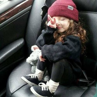 How to wear: black sweater, black leggings, black sneakers, burgundy beanie
