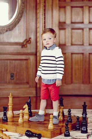 How to Wear a White Horizontal Striped Sweater For Boys: Suggest that your munchkin reach for a white horizontal striped sweater and red shorts for a fun day out at the playground. This style is complemented nicely with grey oxford shoes.