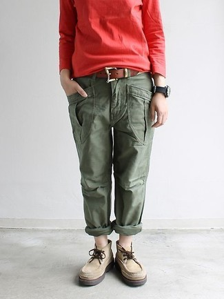 How to wear: red sweatshirt, olive cargo pants, beige suede desert boots, brown leather belt