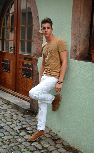 Men's Tan Crew-neck T-shirt, White Chinos, Tan Suede Desert Boots