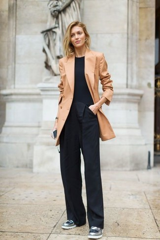 How to wear: tan double breasted blazer, black crew-neck t-shirt, black wide leg pants, silver leather loafers