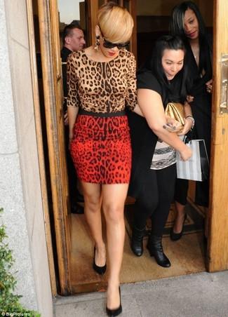Rihanna wearing Tan Leopard Crew-neck Sweater, Red Leopard Mini Skirt, Black Leather Pumps