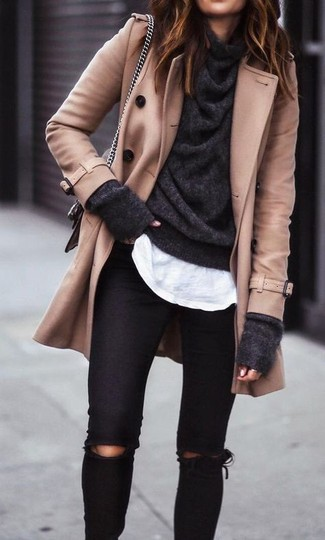 How to Wear a Charcoal Cowl-neck Sweater For Women: A put together combination of a charcoal cowl-neck sweater and black ripped skinny jeans will set you apart in an instant.