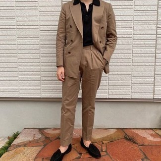 Black Polo Dressy Outfits For Men: You'll be surprised at how extremely easy it is for any guy to get dressed this way. Just a black polo paired with a tan suit. You know how to play it up: black velvet tassel loafers.