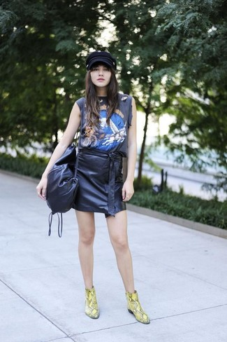 How to wear: black print tank, black leather mini skirt, yellow snake leather ankle boots, black leather crossbody bag