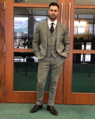 How to wear: brown wool three piece suit, white dress shirt, dark brown leather brogues, black tie