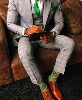 How to wear: grey plaid three piece suit, white dress shirt, tobacco leather oxford shoes, green tie