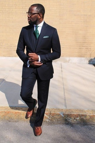 How to Wear Dark Green Socks For Men: If it's ease and practicality that you're seeking in menswear, wear a navy three piece suit and dark green socks. Inject a dose of polish into your outfit by rocking a pair of tobacco leather tassel loafers.