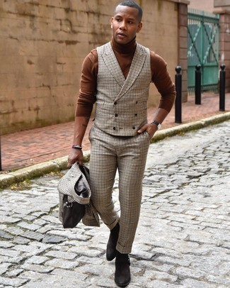 Brown Turtleneck Outfits For Men: You're looking at the undeniable proof that a brown turtleneck and a beige three piece suit look awesome when worn together in a polished look for today's gentleman. Dark brown suede chelsea boots look great here.