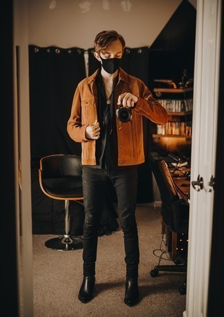 Black Skinny Jeans Outfits For Men: To put together a casual outfit with a fashionable spin, pair a tobacco suede shirt jacket with black skinny jeans. If you need to immediately smarten up your look with shoes, why not add black leather chelsea boots to the equation?