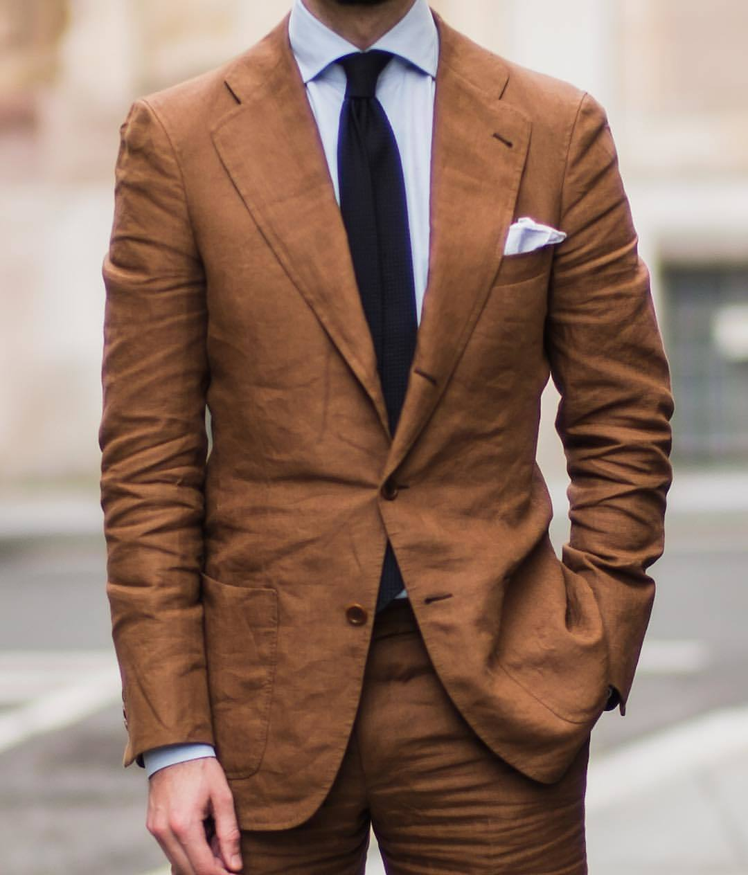Which Dress Shirt To Wear With a Dark Brown Suit | Men's Fashion