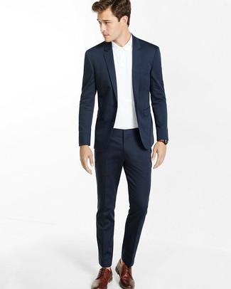 y y traje un polo apariencia azul blanca Usa una una marino clásica camisa para elegante 4UZwxpCqp