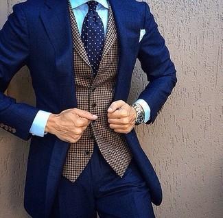... Look de moda  Traje azul marino 494d19f2c9b