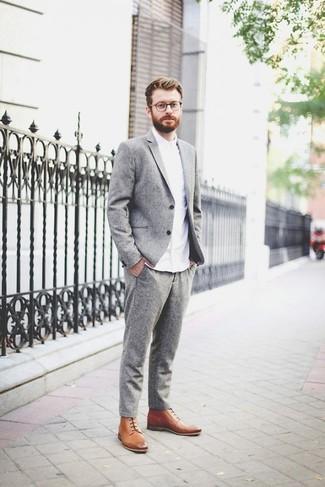d69c6d8188f ... hombres de 30 años Look de moda  Traje de lana gris
