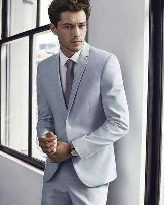 ad97111a89a76 ... Look de moda  Traje gris