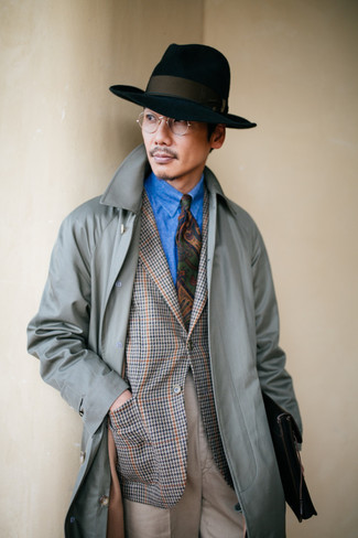 How to wear: grey trenchcoat, grey houndstooth blazer, blue denim shirt, beige dress pants