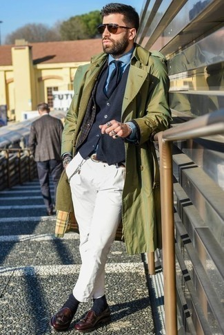 How to Wear Navy Socks For Men: If you don't take fashion too seriously, go for a relaxed casual look in an olive trenchcoat and navy socks. Introduce a pair of burgundy leather tassel loafers to the mix for an element of polish. So if you're searching for outfit inspiration for dressing as you move into your 30s, this pairing is a wonderful example.