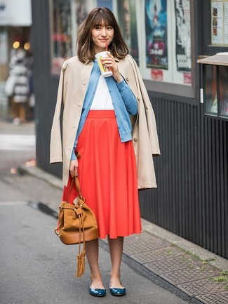 Red Pleated Midi Skirt Outfits: For a look that's nothing less than Vogue-worthy, pair a beige trenchcoat with a red pleated midi skirt. Hesitant about how to round off? Add teal leather ballerina shoes to this outfit for a more laid-back twist.