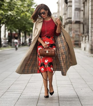 How to Wear a Red Sweater For Women: For an outfit that's super straightforward but can be manipulated in plenty of different ways, try teaming a red sweater with a red floral pencil skirt. Spice up your outfit with a dressier kind of shoes, like these black leather pumps.