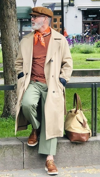 Mint Chinos Outfits: For laid-back elegance with a manly twist, wear a beige trenchcoat and mint chinos. Serve a little mix-and-match magic by slipping into a pair of brown leather brogues.