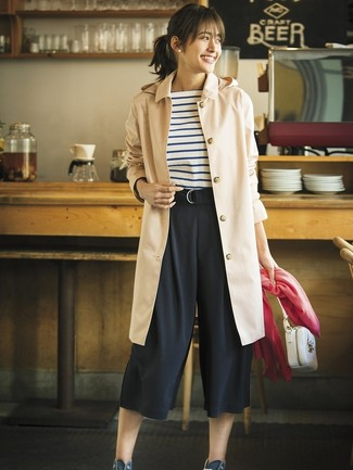 How to wear: tan trenchcoat, white and navy horizontal striped crew-neck t-shirt, black culottes, navy canvas high top sneakers