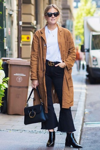 How to wear: brown suede trenchcoat, white crew-neck t-shirt, black flare jeans, black leather ankle boots