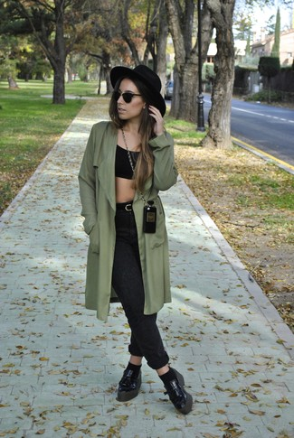 How to wear: olive trenchcoat, black cropped top, charcoal boyfriend jeans, black leather platform loafers