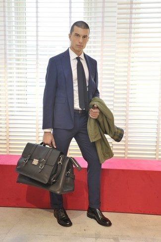 How to wear: olive trenchcoat, navy suit, white dress shirt, black leather oxford shoes