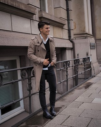 White Long Sleeve Shirt Outfits For Men: For something on the casual end, you can easily opt for a white long sleeve shirt and black jeans. Amp up the classiness of this look a bit by rocking a pair of black leather chelsea boots.