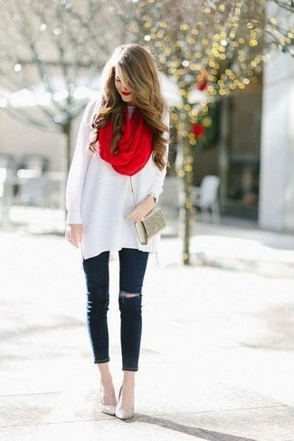 How to wear: white wool tunic, black ripped skinny jeans, gold sequin pumps, gold clutch