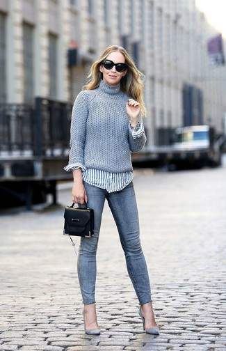 How to wear: grey knit turtleneck, white and blue vertical striped dress shirt, grey skinny jeans, grey suede pumps
