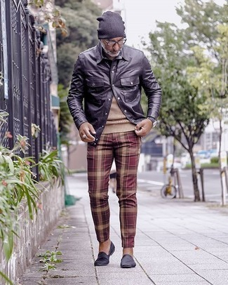 Black Long Sleeve Shirt with Plaid Pants Outfits For Men: The combo of a black long sleeve shirt and plaid pants makes for a solid off-duty outfit. Why not complement this look with a pair of navy velvet loafers for an air of polish?