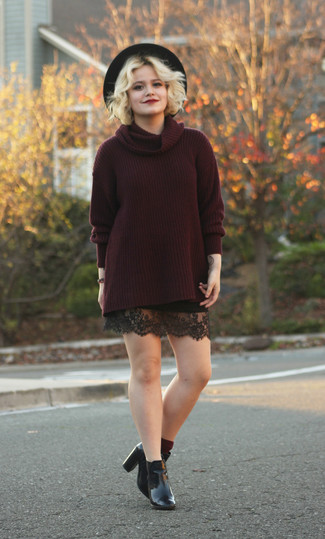 This pairing of a dark red turtleneck and a black lace mini skirt will set you apart effortlessly. Black leather booties will instantly smarten up even the laziest of looks.