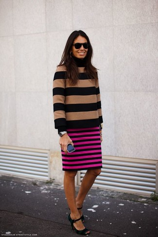 Who said you can't make a style statement with a casual outfit? You can do so with ease in a tan horizontal striped turtleneck and a hot pink horizontal striped pencil skirt. Horizontal striped pumps are a savvy choice to complete the look. As you can guess, this is also a killer option come warmer days.