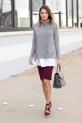 How to wear: grey knit turtleneck, white tunic, burgundy pencil skirt, burgundy suede pumps