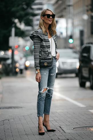 Women's Black and White Tweed Jacket, White Crew-neck T-shirt, Blue Ripped Jeans, Black Suede Pumps