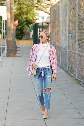 Women's Pink Tweed Jacket, White Turtleneck, Blue Ripped Jeans, Beige Leather Pumps