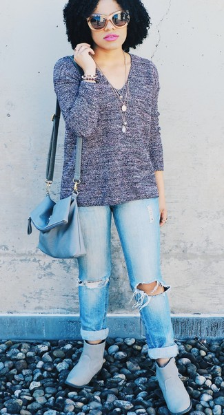 How to wear: violet v-neck sweater, light blue ripped boyfriend jeans, grey uggs, light blue leather crossbody bag