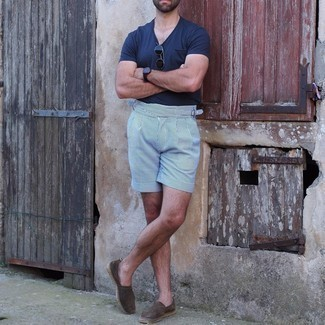 Shorts Outfits For Men: This combo of a navy v-neck t-shirt and shorts is the ultimate laid-back style for any modern gent. Dark brown suede espadrilles are a guaranteed way to give a sense of sophistication to your ensemble.