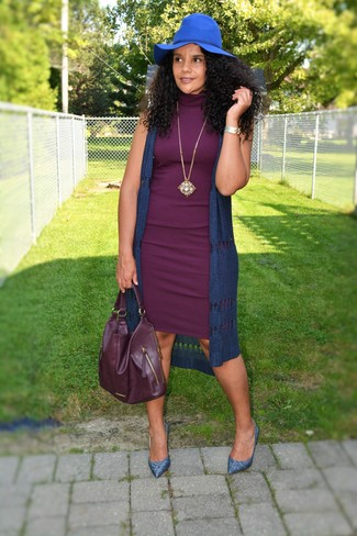How to wear: navy knit vest, purple bodycon dress, blue leather pumps, burgundy leather tote bag
