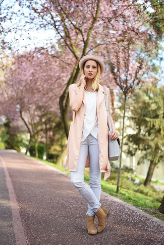 How to wear: pink vest, white sleeveless top, grey skinny jeans, tan suede chelsea boots