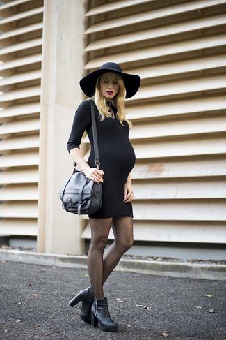 Look de moda  Vestido ajustado negro cefcab8e0294
