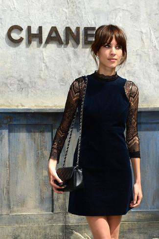 Vestido de fiesta de terciopelo azul marino bolso bandolera de cuero acolchado negro large 2539